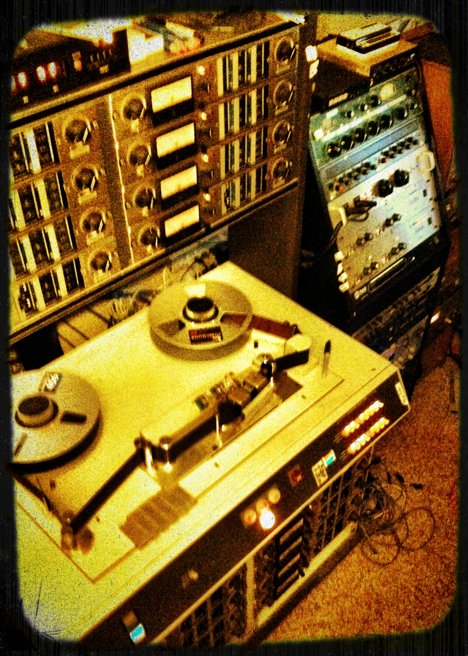 Tape Machine Paradox
